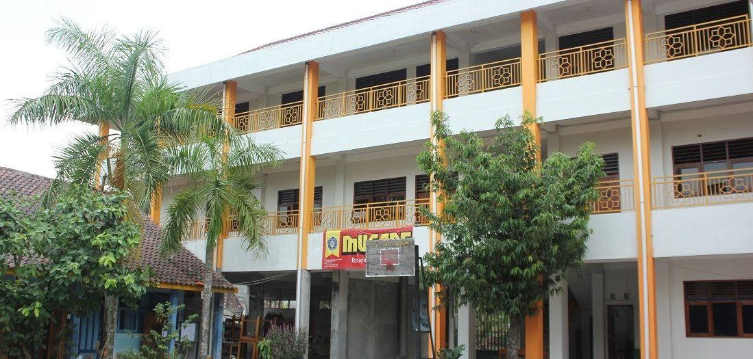 Gedung SMP Muhammadiyah 1 Depok